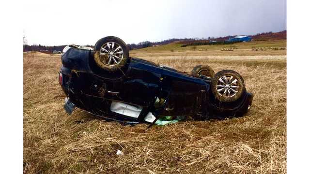 UPDATE: Woman receives minor injuries in Taylor County vehicle rollover
