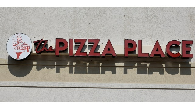 the pizza place in morgantown hosts grand opening